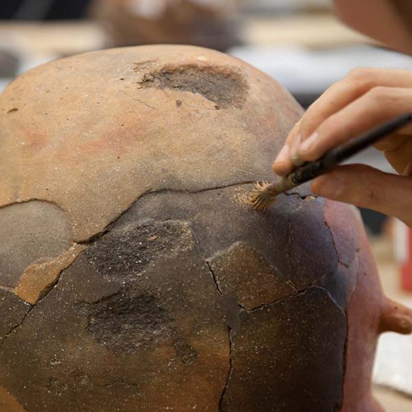 Restauración colección arqueológica Legado Faustino 4