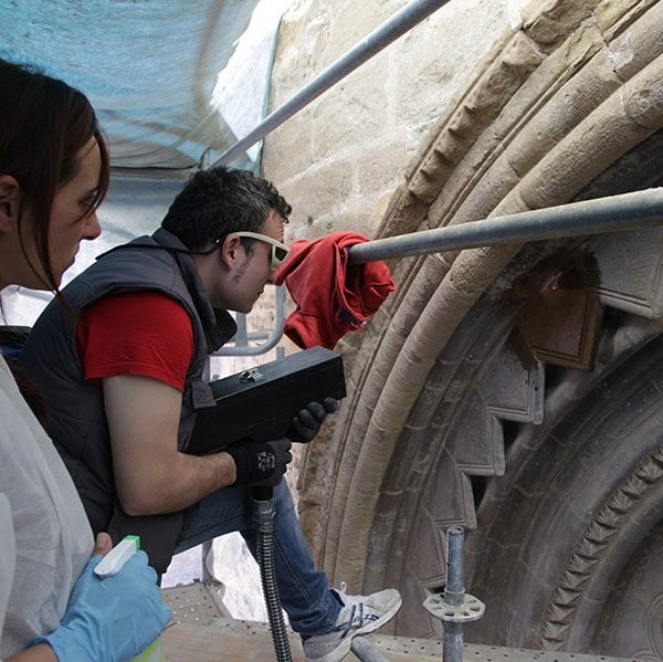 Restoration of the Romanesque southwest Gate of the church of Sant Martí in Lleida 3